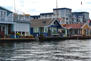 Like the Sleepless in Seattle houseboat