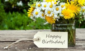 How Much Should You Spend on Birthday Presents?