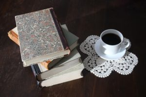 bookworms can save money