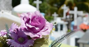 Should You Pay for Your Funeral While You're Alive?